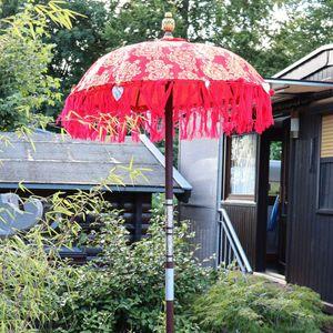Bali Sonnenschirm Balinesischer Schirm Garten Baumwolle Sonnenschutz Handarbeit Retro Vintage Dekoschirm 2-teilig ca. 90 cm Rot-Gold Modell Singapur