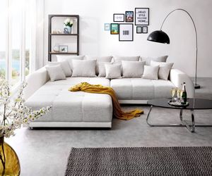 Bigsofa Violetta Hellgrau Creme 310x135 cm inklusive Hocker und Kissen Big Sofa