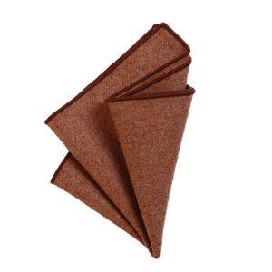 DonDon Herren Einstecktuch Taschentuch 23 x 23 cm zum selber falten aus Baumwolle Tweed Style einfarbig hellbraun