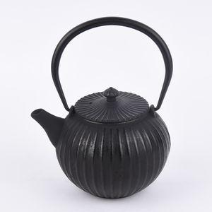 Japanische Gusseisen Teekanne Rillen schwarz 14x18,5x24cm