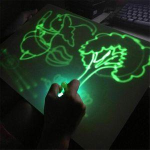 LED leuchtende Zeichenbrett Graffiti Malbrett Magie Zeichnen pädagogisches Spielzeug Geschenk für Kinder A3