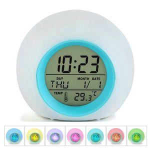 Pndwfr LED Kinderwecker, 12/24 Stunden Digitaluhr Licht, 7 Wecker Klingeltöne, Lichtwecker mit Datum und Temperatur, Wake Up Licht PR-001804