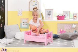 Zapf Creation BABY born® Bett mit Kuschelbettzeug; 824399