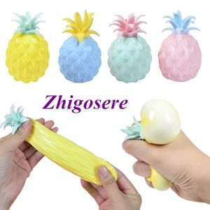 4 Stück Ananas Ball Fidget Sensory Toys Fidget Spinner Anti Stress Squeeze Balls Anti Stress Angst Dekompression Spielzeug 5 * 8cm