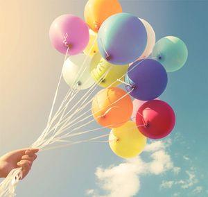 TK Gruppe Timo Klingler 100x Luftballons bunt Ø 35 cm - Helium geeignet für Geburtstag & Hochzeit & Party Deko Dekoration zur Befüllung mit Ballongas (100x bunt-Mix)