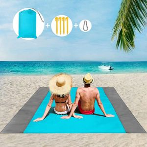 Picknickdecke Stranddecke Wasserdicht, Sandabweisende Campingdecke 4 Befestigung Ecken, Picknick/Strand Matte für den Strand, Campen, Wandern und Ausflüge(Blau 200x210 cm)