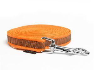 Mystique® Gummierte Schleppleine 20mm mit Handschlaufe Standard Karabiner neon orange 20m