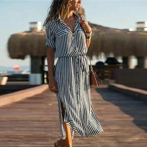 Lässiges, bequemes Revers-langes Kleid mit gestreiften Knöpfen und fünfteiligen Ärmeln für Damen Größe:M,Farbe:Grau