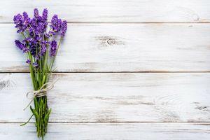4x Tischsets Motiv 'Lavendel auf Holz' / abwaschbar