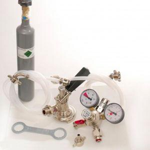 Zubehörpaket mit Flach Fitting, 7mm Bierschlauch und 0,5 kg CO2 Flasche