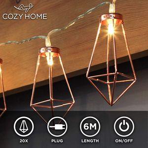 Kupfer geometrische LED Lichterkette – 6 Meter | Mit Netzstecker NICHT batterie-betrieben | 20 LEDs warm-weiß | rose gold pyramidenform - kein austauschen der Batterien | Rosegold Deko von CozyHome