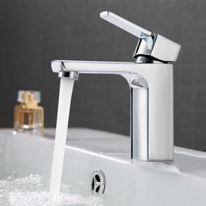 Waschtischarmatur Bad Design Badarmatur Einhandmischer Wasserhahn Bad chrom Badewannenarmatur Kalt-Warmwasserhahn