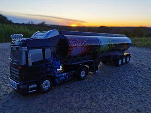 RC Lastwagen HIGHWAY KING ferngesteuerter Truck LKW Laster Sattelzug Anhänger