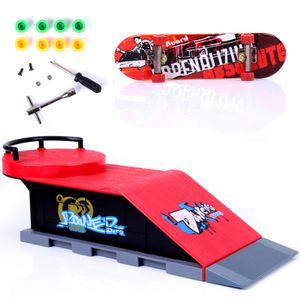 Skateboards Skate Park Rampe Teile für Tech Praxis Deck Kinder Geschenk Set Griffbrett Spielzeug