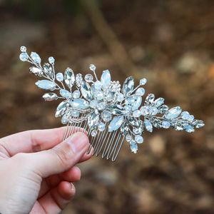 Für Hochzeiten von , Silber mit Strasssteinen, blauem Opal, Kristall, Vintage-Haarschmuck für Bräute und Brautjungfern (silver)