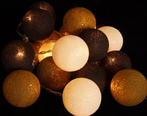 Stoff Ball Batterielichterkette 3xAA LED Kugel Lichterkette - Schokobraun, Baumwollfäden, Lichterketten