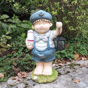 Gartendeko Maritime Dekofigur Gartenzwerg im Matrosenanzug mit Laterne Junge