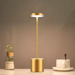 LED Tischlampe Akku stufenlos dimmbar, Grau, Tischleuchte batteriebetrieben  Outdoor Lampe LED Lampe - batteriebetrieben & kabellos für Wohnzimmer Schlafzimmer Garten