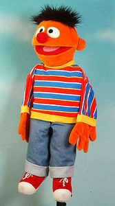 Living Puppets Handpuppe Ernie Sesamstrasse 65 cm SE100