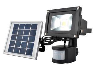 LED COB Flutlicht mit Bewegungsmelder Großes Solarpaneel 2000 mAh Bis 8 m 900 Lumen Kaltweiß IP65 5357