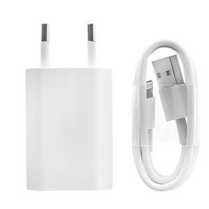 A1400 Wand-Ladegerät + MD818 iPhone/iPad Ladekabel – Weiß