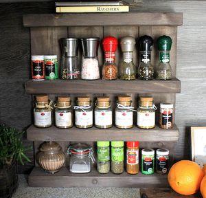 Gewürzregal aus Holz - für die Wand oder stehend - Shabby Braun - 4 Stellflächen - 57 x 50 x 12 cm - Massivholz