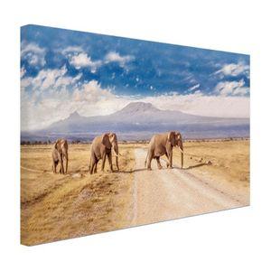 Leinwand Bilder - 120x80 cm - Drei Elefanten überqueren  - Modernes Elefanten Bilder - Wilde Tiere