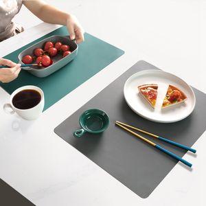 2 Stk. Silikon wasserdicht Tischset Tischmatte Wärmeisolierung Anti-Rutschfest Waschbar Langlebig für die Küche (grün + grau)