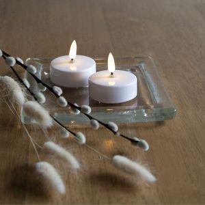LED Teelicht 'Flamme' - warmweiße Flamme - Batteriebetrieb - Timer - H: 5,5cm - weiß - 2er Set