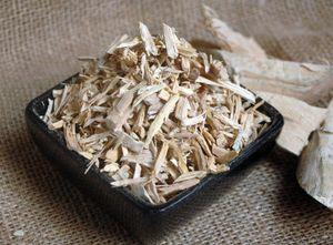 Quassiaholz geschnitten, Menge:250g
