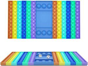 Big Pop Zappelspielzeug Regenbogen Schachbrett Push Bubble Zappelspielzeug mit 2 Würfel, ADHS SEN Stressabbau Spielzeug, 32*19*1.7cm