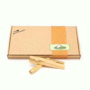 Native Spirit: Premium Palo Santo 80gr feine geräucherte Holzstäbchen - fairer Handel und nachhaltige Ernte - je ca. 1x1x10 cm lang, Holzstäbchen aus Peru in einer umweltschonenden Verpackung