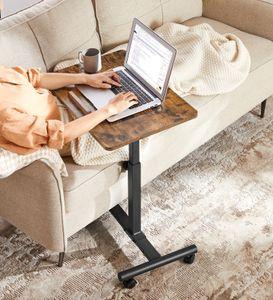 VASAGLE Überbetttisch, Beistelltisch, höhenverstellbar, 60 x 40 x (58,5-86.7) cm, Laptoptisch, mit kippbarer Spanplatte und Rädern, Industrie-Design, vintagebraun-schwarz LET226B01