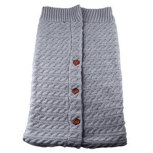 Baby stricken wickeln wickeln Windeln Winter warme Schlafsack grau .