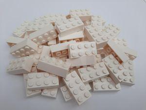 Lego© Steine 50 weiße originale basic Bausteinemit 2*4 Noppen *neu und unbespielt*