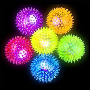 German Trendseller® - 12 x LED Stachel - Bälle┃ 6 cm ┃ Leuchtflummi ┃ Stachelball ┃ Kindergeburtstag ┃ 12 Stück