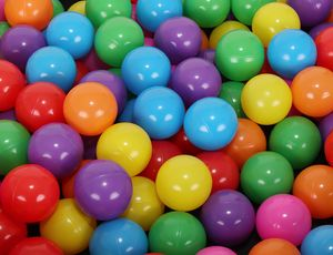 Kinder Bälle für Bällebad Ø5cm Plastikbälle Spielbälle für Kinder Ballpool 100/200/500/1000 Stück Drei Farben 9268, Farbe:Bunt, Menge:100