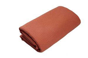 Yoga-Decke »Ananda« Das Yoga-Handtuch ideal für Hot-Yoga und andere schweißtreibende Yogastile. Auch als Unterlage für Yogaübungen geeignet, 183 x 61 cm orange/rot