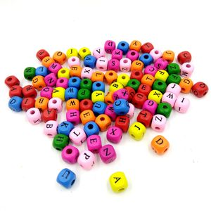 100 Stück gemischte quadratische Holzperlen Letter Cube Loose Spacer Beads FZH80514754MR