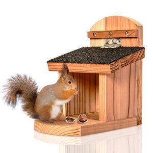 blumfeldt Futterstelle für Eichhörnchen Futterhaus Futterplatz Futterspeicher , Eichhörnchen Eichkatze , zum Aufhängen , unbehandeltes Rotzedernholz , Flachdach mit Bitumenpappe , Plexiglas , Klappdach , Wasserstopp