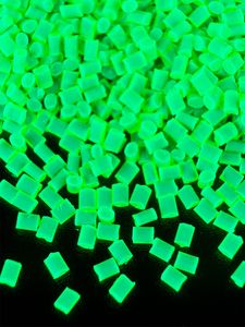 100g PSYWORK Schwarzlicht Acrylglas-Granulat Grün