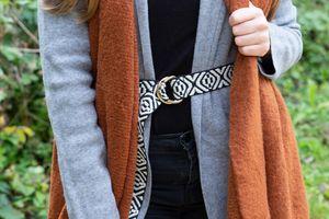 styleBREAKER Damen Stoff Gürtel mit Azteken Ornament Muster und D-Ringen, Einheitsgröße / Onesize, Taillengürtel 03010113, Farbe:Schwarz-Weiß
