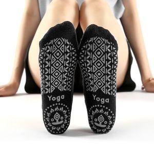 4 Packungen rutschfeste Yoga-Socken fuer Frauen mit Riemen fuer das Indoor Yoga Pilates Dance Ballet