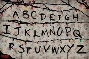 Pyramid Stranger Things R U N Poster 91.5x61cm.
