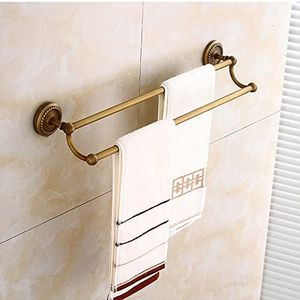 Retro-Bad Handtuchhalter aus antikem Messing im Retro-Badezimmer