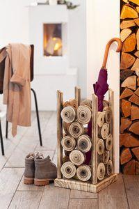 Schirmständer 'Wood' dekoratives Design aus Paulownia-Holz, kunstvoll geflammt