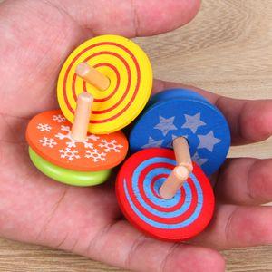 4er-Pack Handgefertigte bemalte Kreisel aus Holz Kinder pädagogisches Spielzeug - verschiedene Stile und Farben