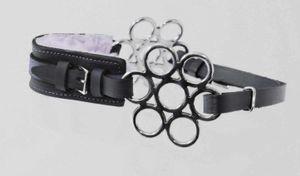 AMKA Hackamore Fell unterlegter  Nasenriemen, Kinnriemen Leder schwarz Flower/Glücksrad Anzüge