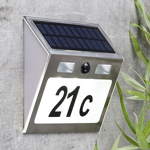 Solar Hausnummer Edelstahl, Sensor 'MOVE' - inkl Buchstaben und Zahlen - weiße LEDs - 18x15,5x4,5cm