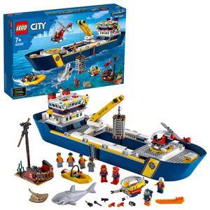 LEGO 60266 City Meeresforschungsschiff Spielzeug-Set fürs Spielen im Wasser mit Schiff, Boot, Hubschrauber, U-Boot und Hai-Figur für Kinder ab 4 Jahre